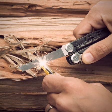 Multifunkční nůž - Leatherman SIGNAL - 7